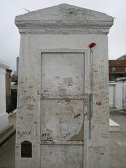 Louisiana - The tomb of Marie Laveau, the famous voodoo