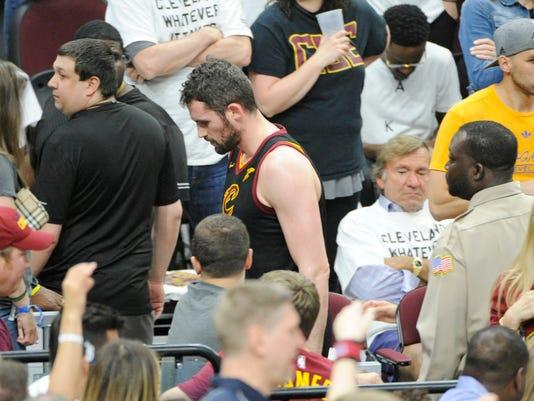 Cavaliers_Love_Hurt_Basketball_62182.jpg