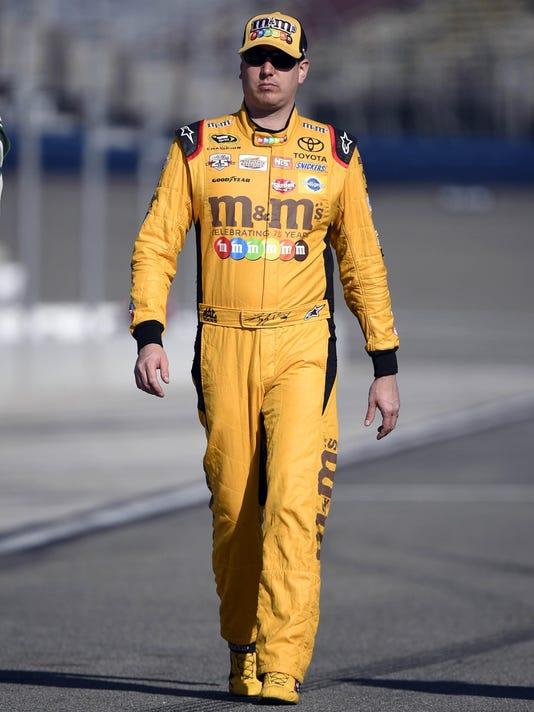 NASCAR: NASCAR: Auto Club 400-Qualifying