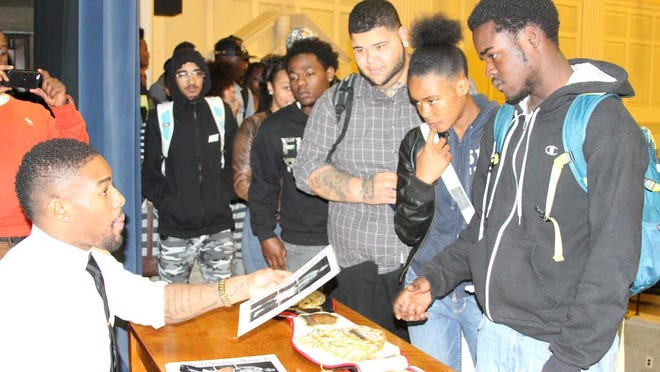 """Professional Boxer - Willie """"EL Mongoose"""" Monroe, Jr. speaks at the Marshall Campus"""