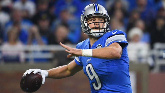 Lions quarterback Matthew Stafford prepares to throw the ball during the second quarter against the Chicago Bears at Ford Field on Sunday, Dec. 11, 2016.