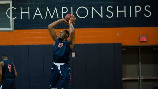 Auburn's Austin Wiley (50) shoots during the first practice of the 2017-2018 NCAA Basketball Season on Friday, Sept. 29, 2017, in Auburn, Ala.