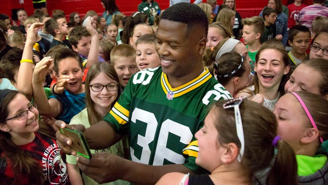 Former Packers standout LeRoy Butler is shown at an appearance at Bay Lane Middle School in 2016.