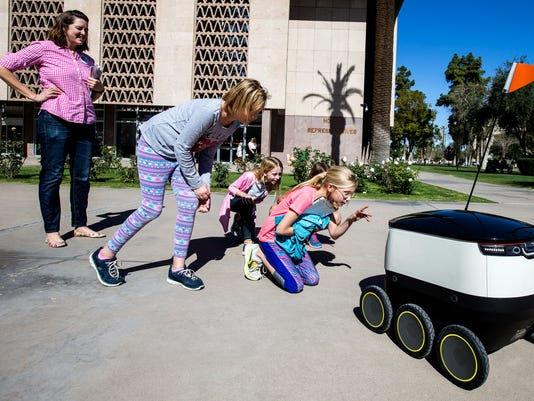 Delivery robots could roam Arizona sidewalks under proposed law