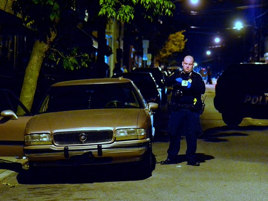 York City Police investigate a shooting in the 400