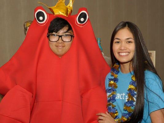 Rotary crab feed reno