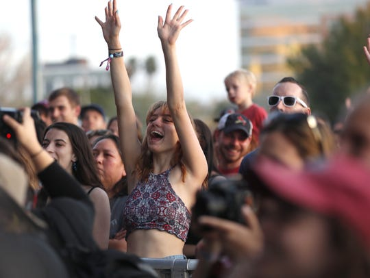 Fans listen to Sylvan Esso during the Innings Festival
