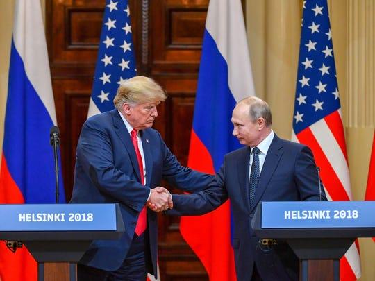 Hace unos días en la Cumbre de Helsinki, Donald Trump se mostró muy amigable con su contraparte ruso Vladimir Putin, lo que desató muchas críticas.