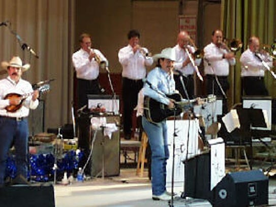 Dave Alexander and his big Texas Swing Band performed