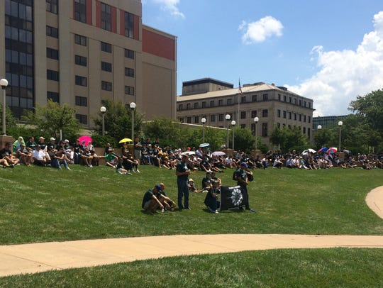 Hundreds gathered at the Simon Estes Amphitheater in