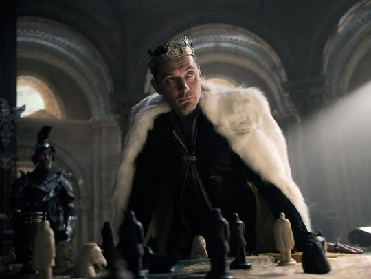 Jude Law wears the crown as King Vortigern in 'King