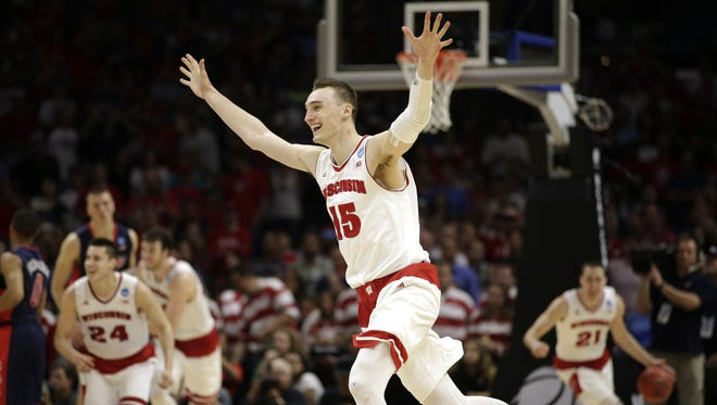 Sam Dekker is looking to shoot the Badgers into Monday night's championship game.