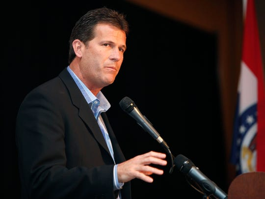 Steve Alford, former coach of the then SMSU Bears basketball team, was inducted into the Missouri Sports Hall of Fame along with the 1998-99 team on Thursday.
