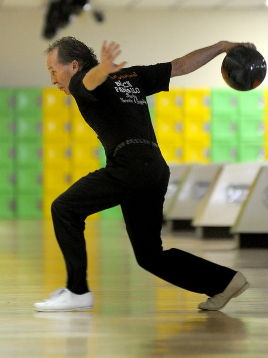 MNCO 0812 Bucyrus bowling league for money.jpg
