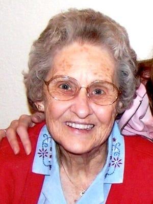 Elizabeth May (Helen) Pope, 89, of Cheyenne, died on Thursday, March 19, 2015 at Cheyenne Regional Medical Center.