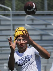 Moorpark High receiver Drake London catches a pass