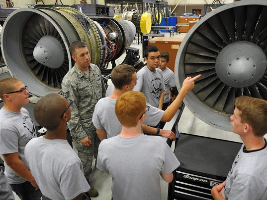 STEM Students Tour SAFB 1