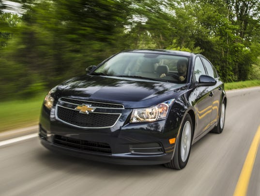 gm recalls nearly 29 000 cruzes to fix air bags. Black Bedroom Furniture Sets. Home Design Ideas