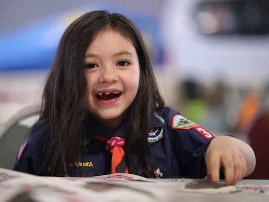 WIL GIRL CUB SCOUT