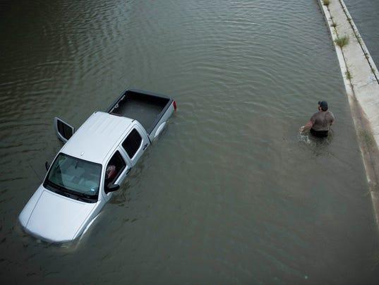 AFP AFP_RW9QV A WEA USA TX