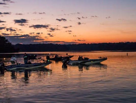 635690219098291417-free-fishing