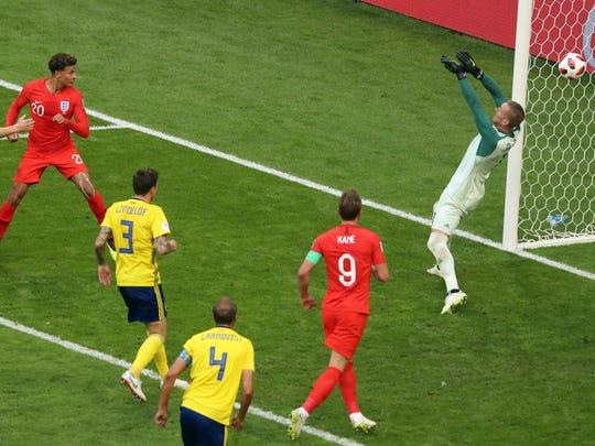 APTOPIX_Russia_Soccer_WCup_Sweden_England_91443.jpg