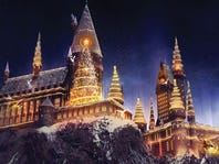 Spend the Holidays in The Wizarding World™!