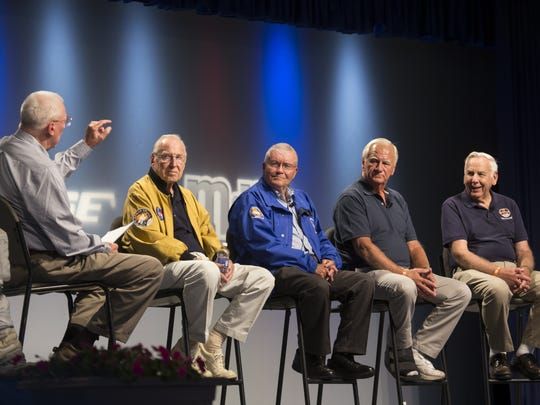 Key players in the Apollo 13 mission were interviewed