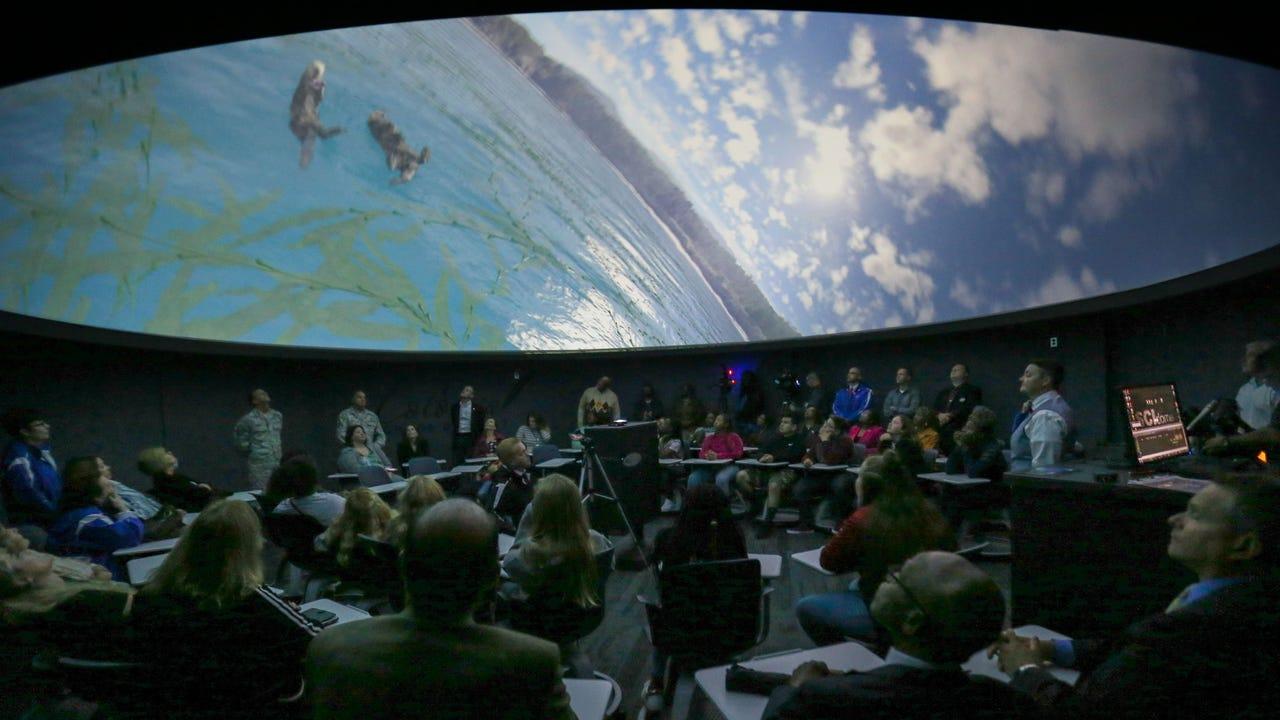 McCullough Middle School unveils new planetarium