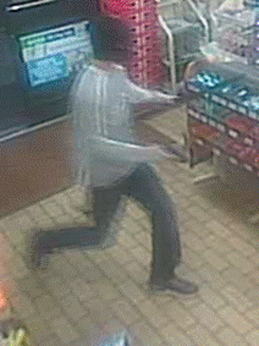 636102468973284620-lehigh-acres-robbery-1.PNG
