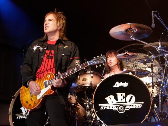 REO Speedwagon Concert Dave Amato Bryan Hitt