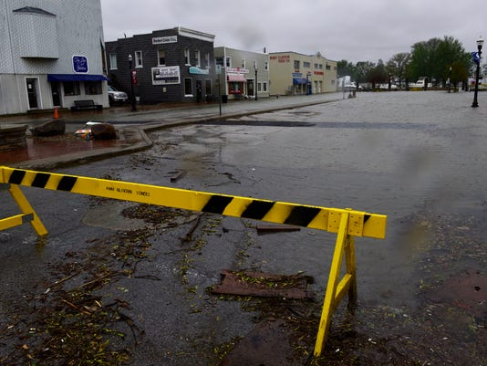 636295964440451430-flood-01.jpg