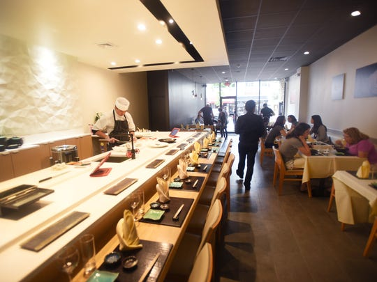 Seo wanted to keep the layout of Shumi simplistic and modern while emphasizing the large sushi bar in the center of the restaurant.