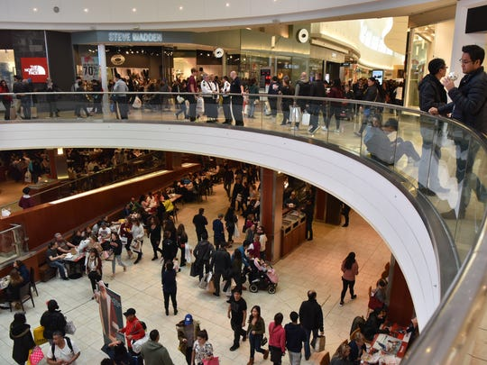 Black Friday at Westfield Garden State Plaza mall in