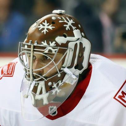 Flyers get goalie help from Detroit, acquire Petr Mrazek