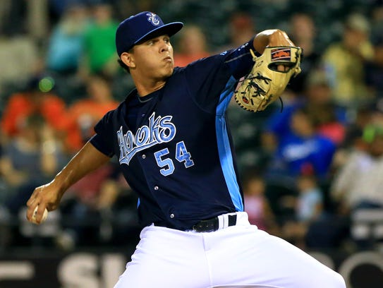 Hooks' Franklin Perez pitches against Frisco on Monday,