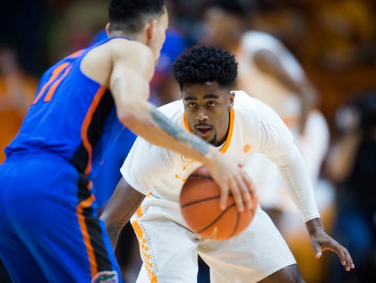Tennessee's Jordan Bone defends Florida's Chris Chiozza