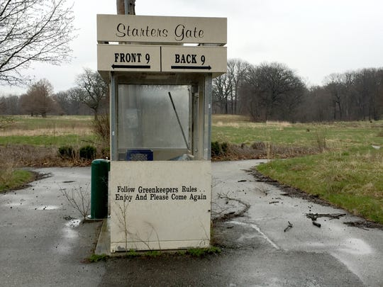 The entrance to the now-closed Rogell Golf Course in