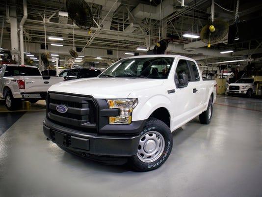 2016-Ford-F-150.JPG