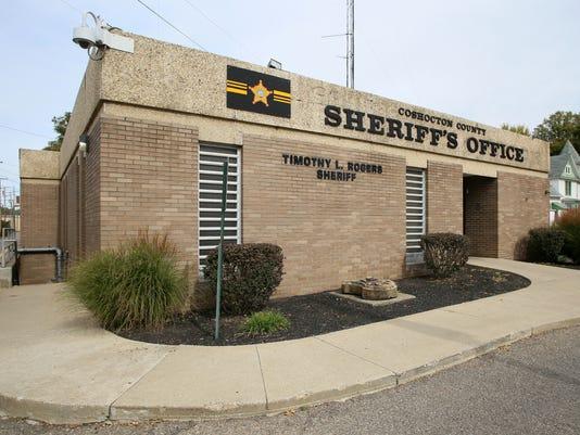 11-COS-101116-jail-tour-ML.JPG