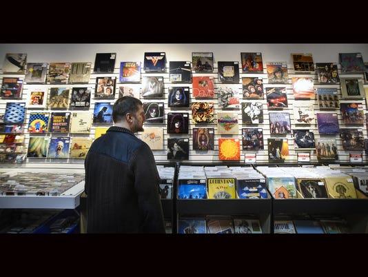 636137913860473861-Music-store-vinyl-web.jpg