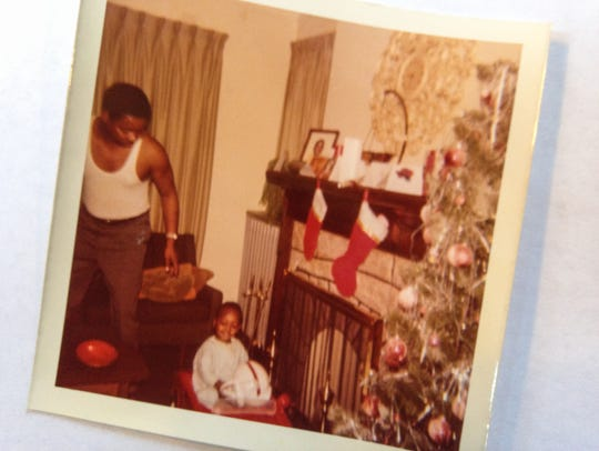 An early 1970s Christmas photo of Free Press Editorial