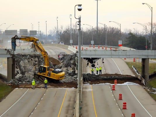 04-NEW-032017-bridge-demolition-ML.JPG
