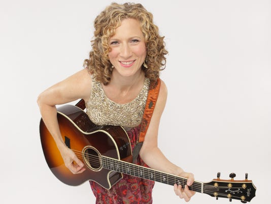 Laurie-Berkner-solo-photo-credit-Jayme-Thornton-300dpi.jpg