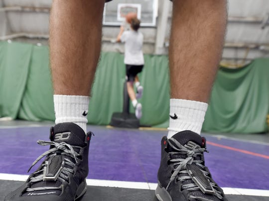 Court Grabbers shoe invention puts York man in national spotlight