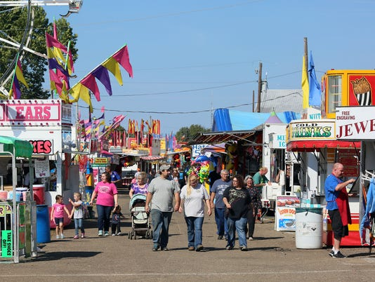 636407298951234402-03-COS-100516-wednesday-coshocton-fair-ML.JPG
