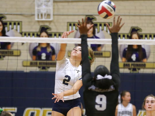 Coronado defeated Franklin in straight sets Tuesday