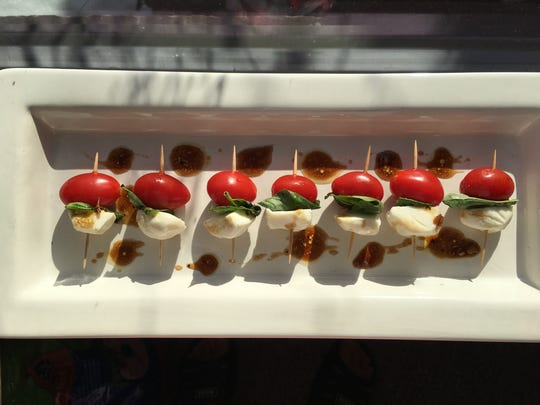 Caprese Bites make a quick and easy last minute appetizer.