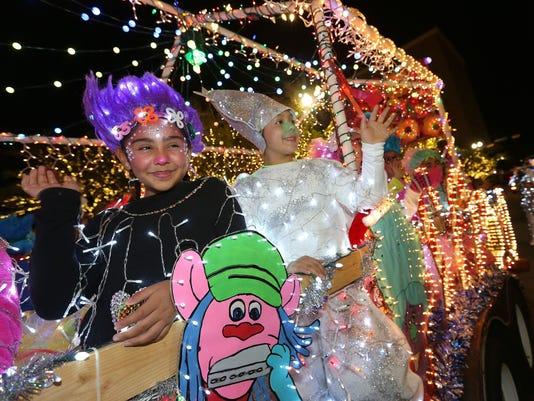 MAIN-Tree-Lighting-Parade.jpg