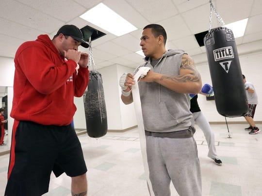 El Paso boxer Antonio Escalante is making a comeback